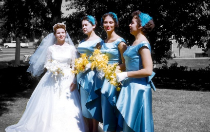 My mother (at left) on her 1959 wedding day. The turquoise dresses really stand out.