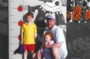 The color splash really highlights the kids' red hair, and even the pumpkins in the background.